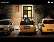 Sotto casa, divertente cortometraggio sul trovare parcheggio a Roma