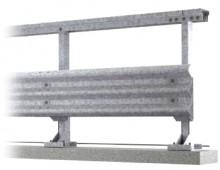 Appia, guardrail pericolante presidiato dai vigili