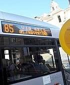 Natale, l'85 tra i bus potenziati