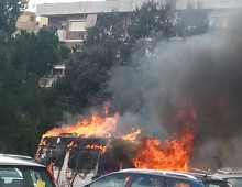 Colli Albani, furgone in fiamme