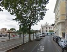 San Giovanni, ragazzo universitario tenta il suicidio
