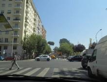 Rimosso l'albero e muretto tra via Monselice e via Tuscolana