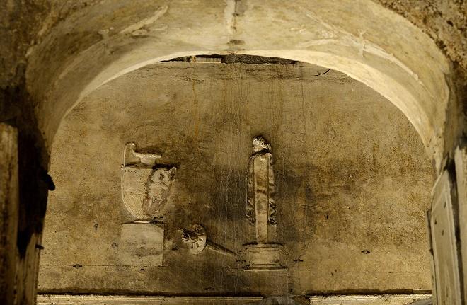 Visita guidata sotterranei di porta maggiore appiohappioh for Porta maggiore