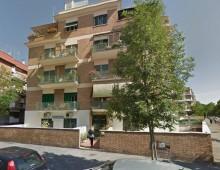 Via Genzano: divampa incendio in un appartamento