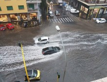Primo acquazzone: quartiere in ginocchio