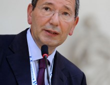 Ex sindaco Marino: chiesti dalla procura oltre tre anni