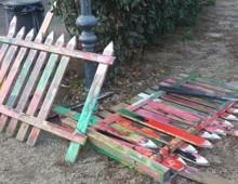 Parco degli Scipioni: riparata la staccionata spaccata dai vandali