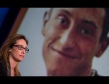 Cinecittà: centinaia di persone al memorial per Cucchi