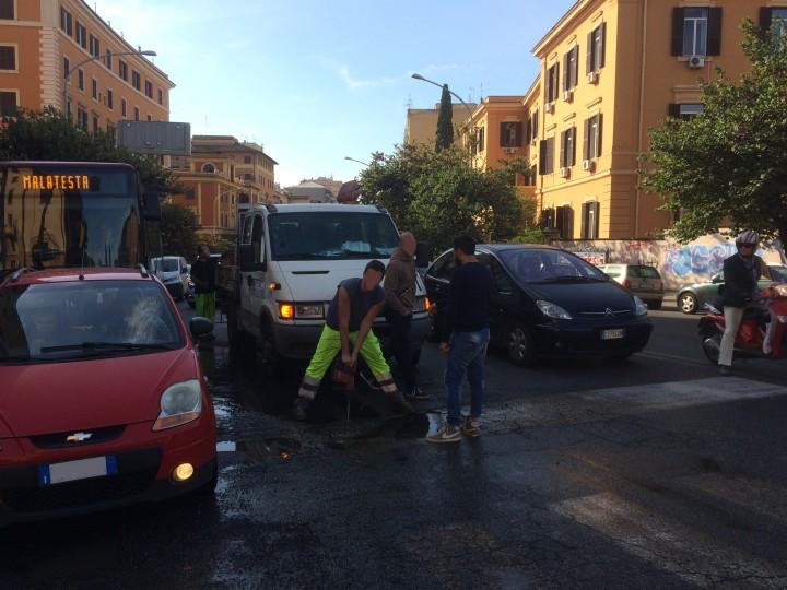 Roma, guasto idrico in zona San Giovanni: disagi