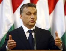ANALISI / Renzi promette, Orbán fa i fatti