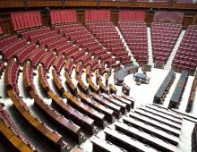 ANALISI / Taglia-stipendi ai deputati, tra populismo e pragmatismo