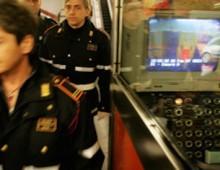 Via Taranto: arrestato borseggiatore sull' 85