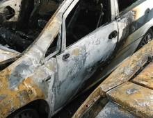 Via Macedonia: auto dei Vigili Urbani in fiamme