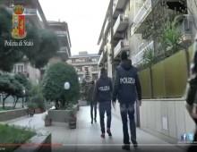[Video] – La baby gang arrestata: anche rapine e botte ai commercianti dell' Appio