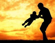 [Video] – Auguri a Tutti i papà del mondo, i veri nostri eroi!