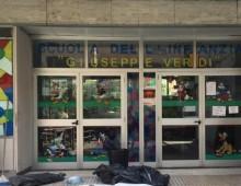 Via Gela: raid notturni nelle scuole, vandali all'interno della Verdi