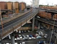 Incidente in Tangenziale Est, traffico paralizzato