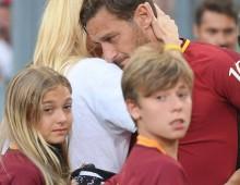 """Tributo al Capitano: l'addio al calcio del """"Pupone di Porta Metronia"""""""