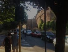 Viale Castrense chiusa: prove di grande caos
