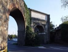 Arco di Travertino: picchiato un ragazzo, mandibola rotta