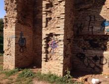 Caffarella, deturpata la cisterna romana, al via la ripulitura