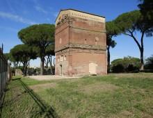 Appia Antica, apre tomba Barberini: scoperti affreschi con figure mitologiche e animali