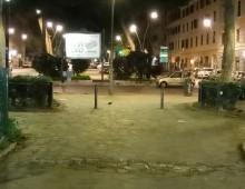 Piazza Re di Roma: giaciglio dei disperati