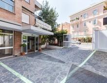 Villa Anna Maria:  si scordano una garza nel paziente dopo l'operazione, condannati