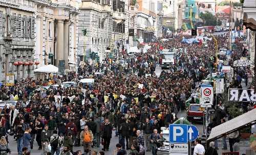 Roma, scatta l'allarme infiltrati