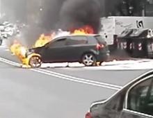 Incendio in via Magnagrecia. Traffico impazzito