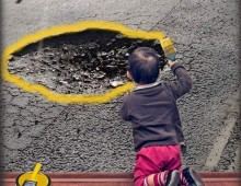 Via Populonia e le buche colorate di giallo: l'appello della mamma di Elena è stato ascoltato