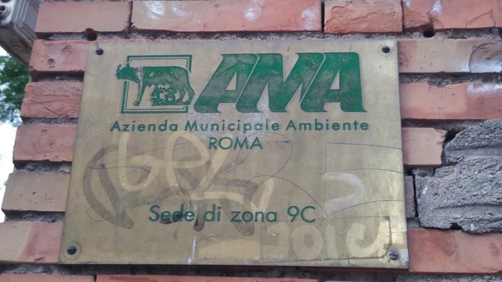 Villa Lazzaroni Ama targa sede zona