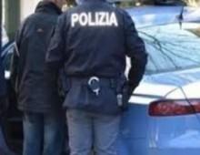 San Giovanni. Scippi in serie con scooter rubato