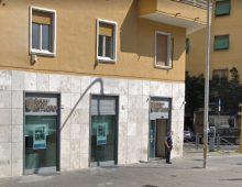 Piazza Tuscolo: furto di codici bancomat, arrestato