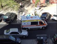 Piazza Epiro: bimbo investito da un'auto sulle strisce ormai invisibili