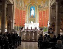 Canti gregoriani all'Immacolata di via Monza