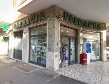 Piazza Roselle, intervista al Corriere: «Così ho buttato fuori dalla mia farmacia il rapinatore-flash»