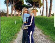 Passeggiata sull' Appia Antica per Chiara FerragnieFedez
