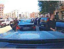 Via Albalonga. Rapinano un cittadino cinese asportandogli dal polso un Rolex