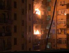Incendio al settimo piano, evacuato condominio in via Manlio Torquato