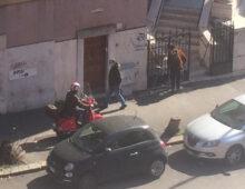 """La """"nuova"""" via Monza, regno dell'anarchia"""