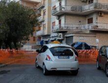 Via Villani: rischio voragine, strada chiusa e bus deviati