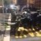 """Via Monza, i motorini """"debordano"""" sull'area taxi"""