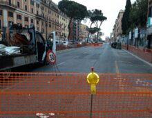 Altro pericolo voragine: chiusa via Appia Nuova