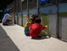 Quasi completato il murales sul ponte di Piazza Zama